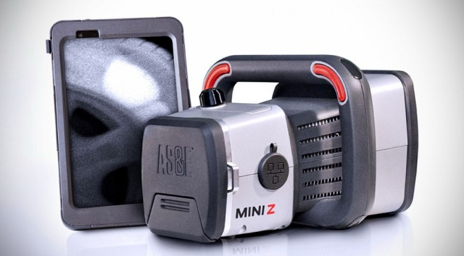 Mini-Z-X-Ray-Gun-image-1-672x372