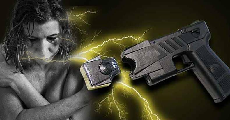 cops-torture-innocent-mentally-ill-woman-with-taser