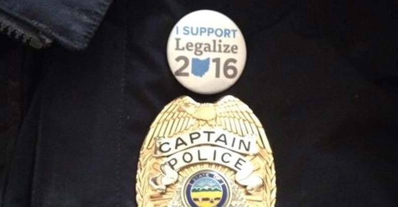 police-captain-suspended-for-button