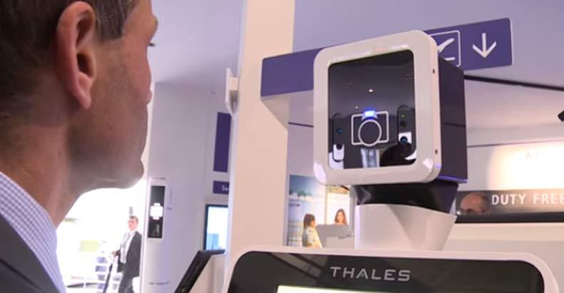 Face-Scanning-Robots-to-Replace-Airport-Border-Police