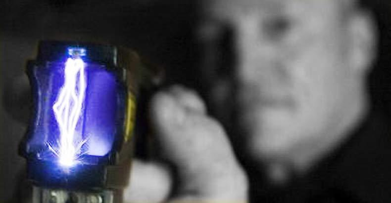 Teen-Girl-Tasered-Three-Times-by-Cops-as-She-Was-Having-Grand-Mal-Seizure