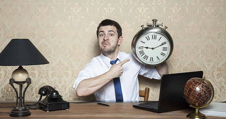 Science-Says-If-You're-Always-Late,-You're-Likely-More-Creative