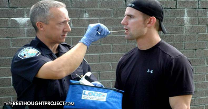 Forget 'Stop and Frisk' — Cops Across US Collecting DNA of Innocent People in 'Stop and Swabs'